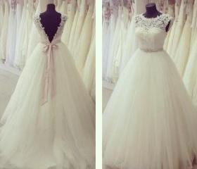 LACE wedding dress T..