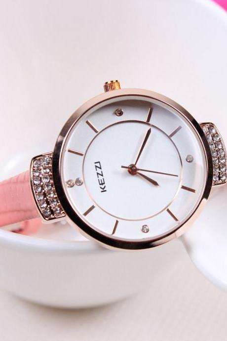 Lady fashion Pu leather thin black strap woman watch