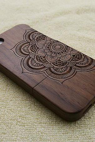 mandala iPhone 5 case, wood iPhone 5S case, wooden iPhone 5 case, mandala iPhone 5S case, floral iPhone 5 case, wooden iPhone case