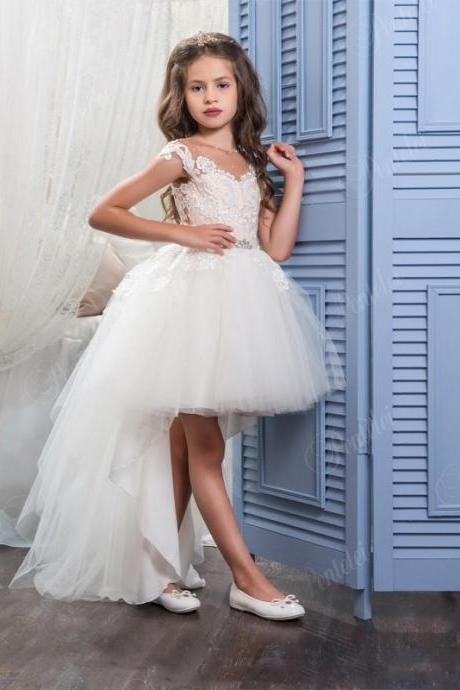 Hi Lo Flower Girls Dresses for Weddings with Scoop Neck and Cap Sleeves Appliques Tulle Little Ball gown Girls Wedding Gowns Kids